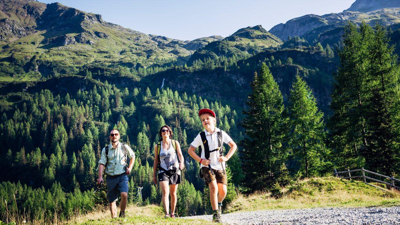 raurisertal-sommer-wandern-kolm-saigurn-familienwanderung-cfnpht-fotograf-david-innerhofer