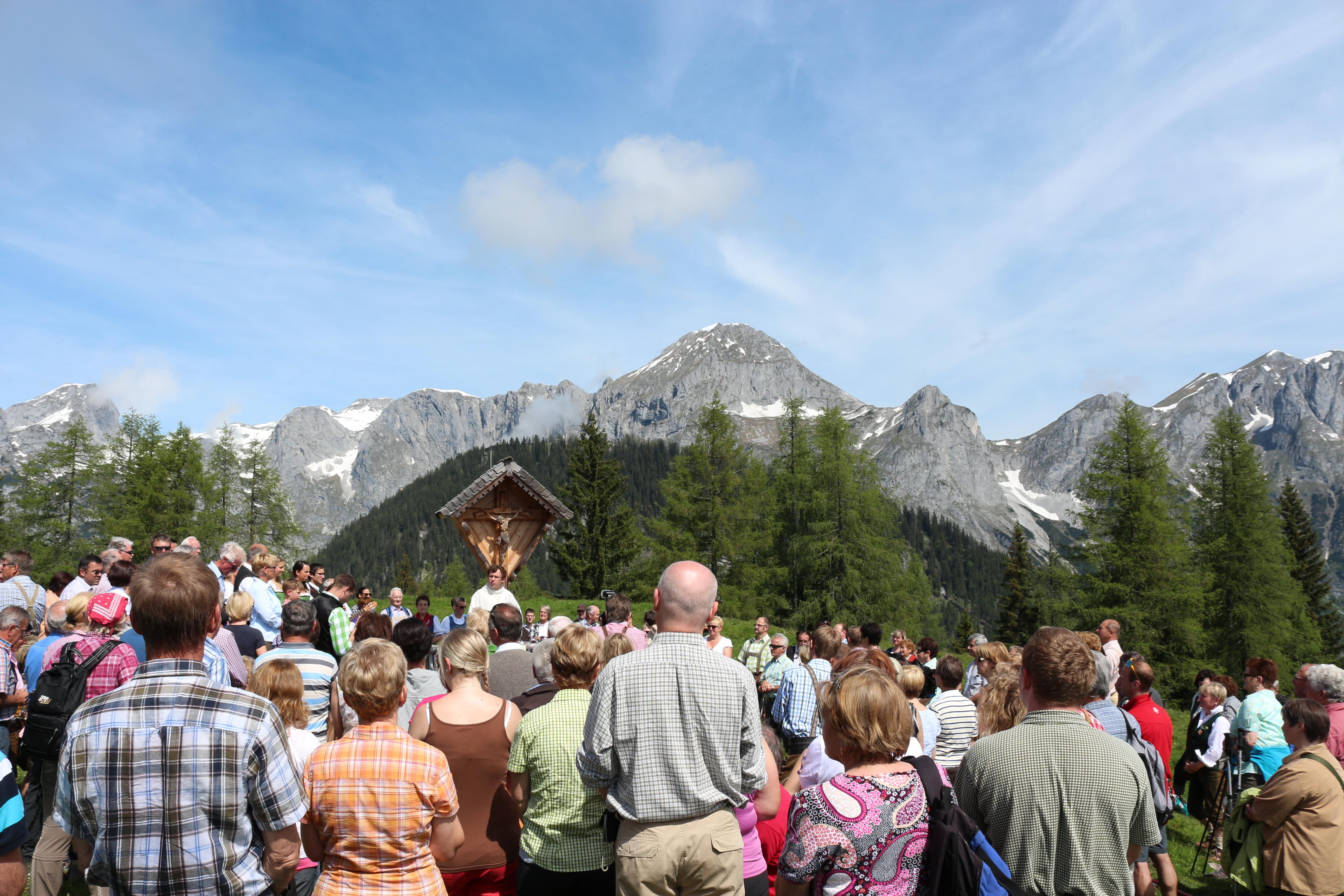 Bergmesse auf der Karalm
