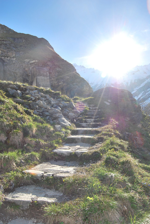 Aufstieg zur Höhenburg