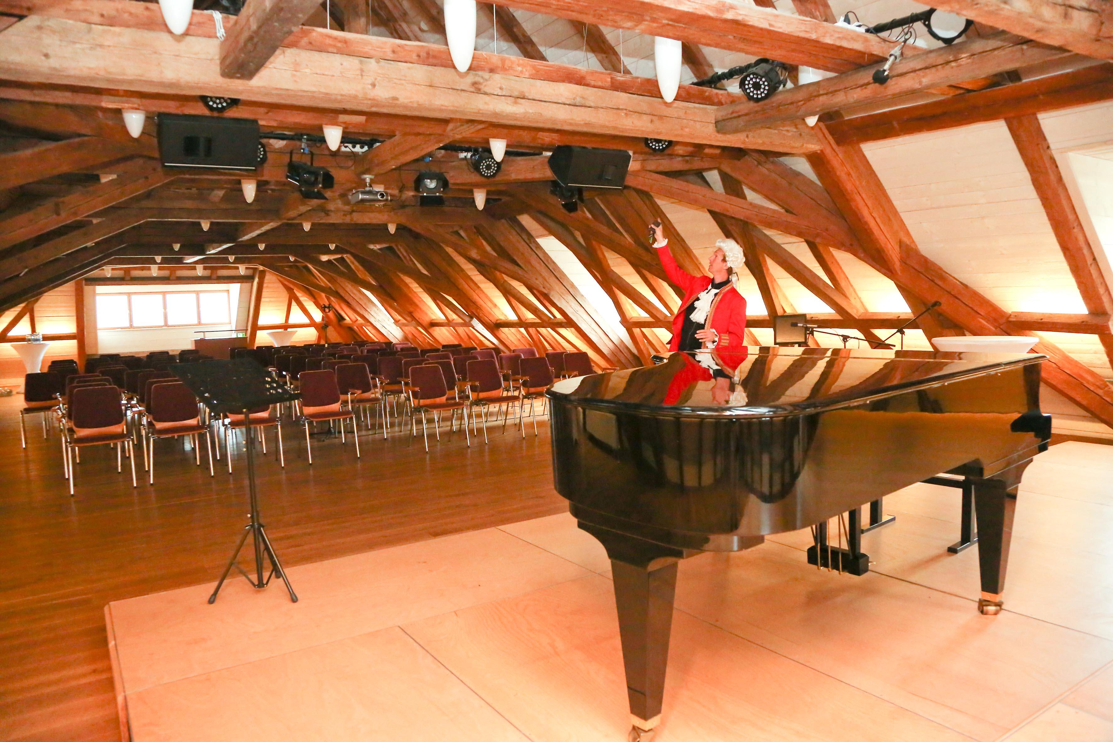 Veranstaltungsaal im Dachgeschoß