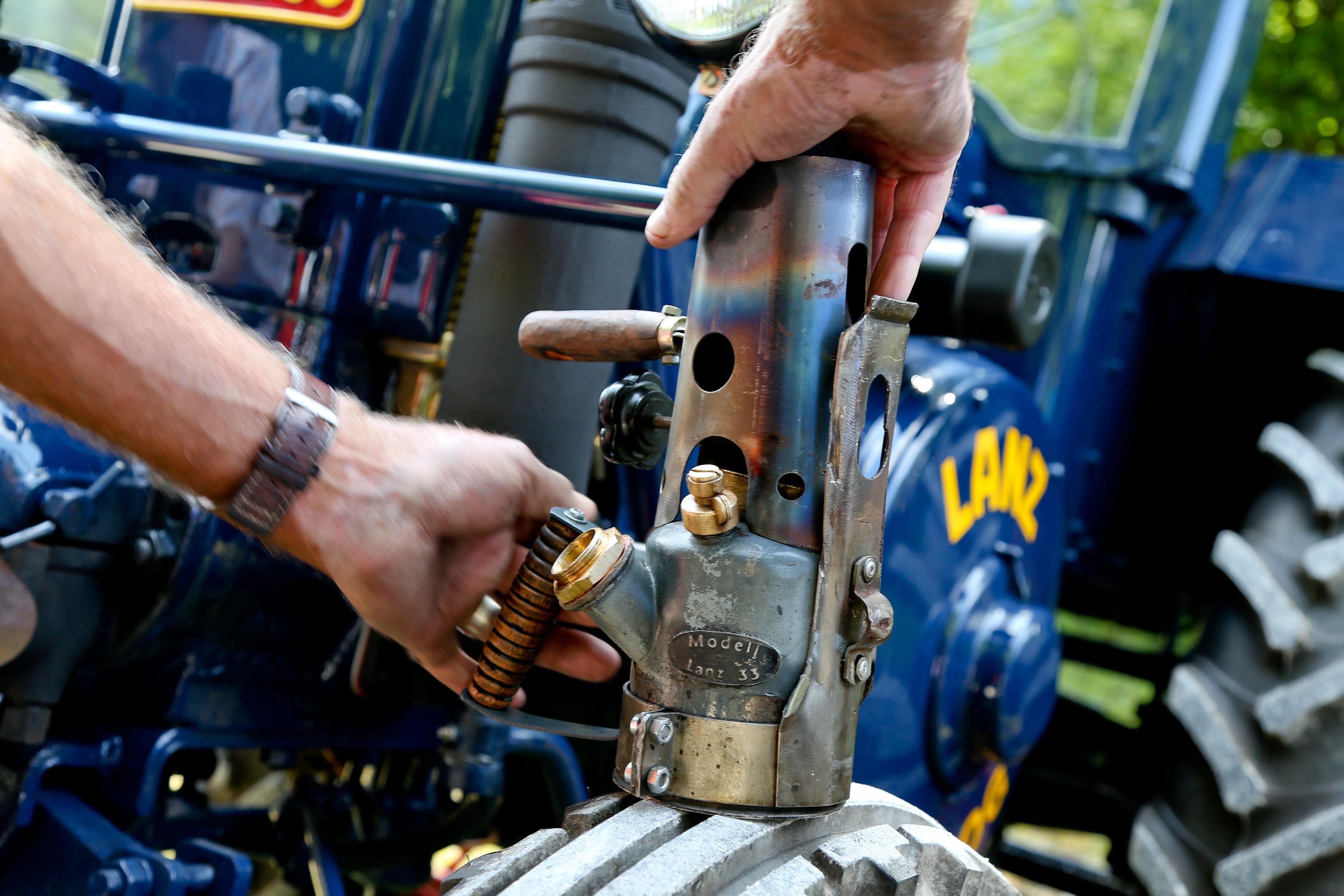 Mechaniker an board