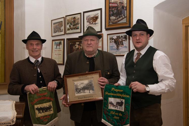 Im Bild von links: Beni Rainer, Alois und Matthias Neumayer.