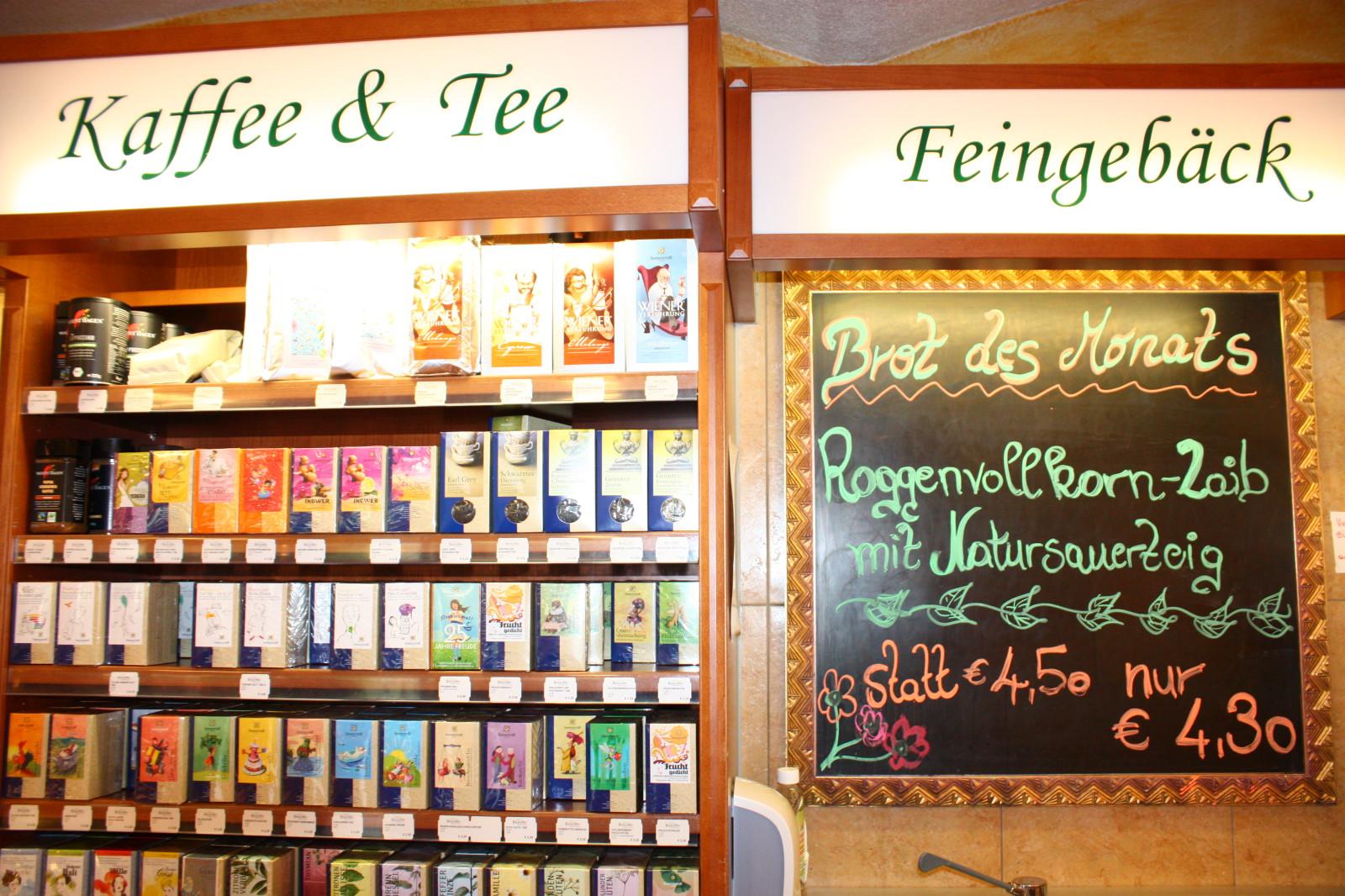 Kaffee- und Tee-Sortiment; natürlich Fair Trade