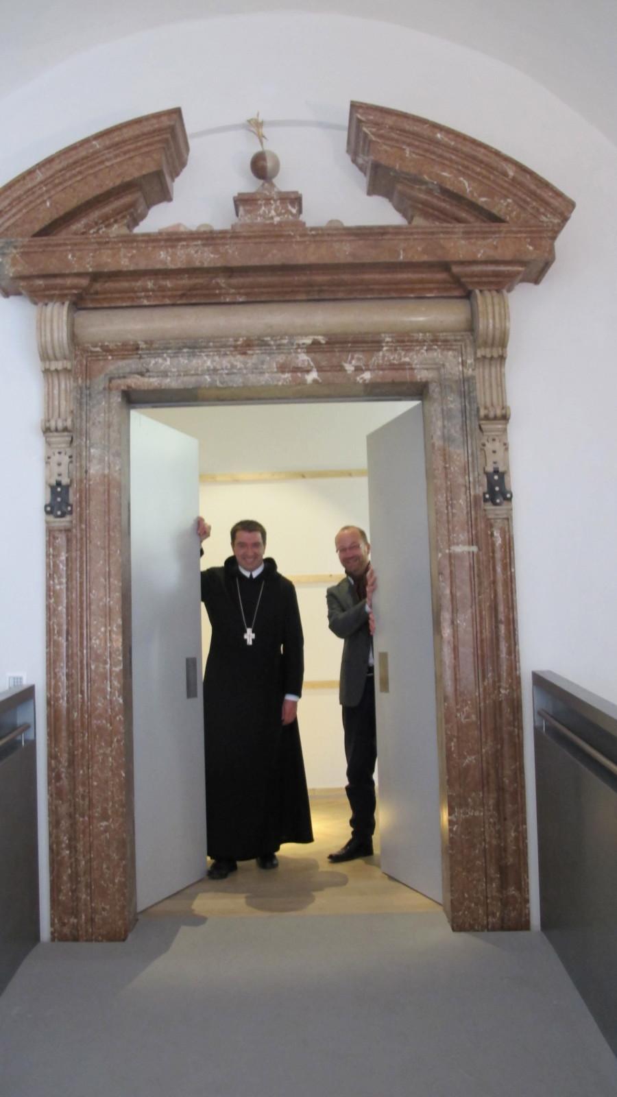 Willkommen im Wallistrakt des DomQuartiers, den das Stift St. Peter bestücken wird.