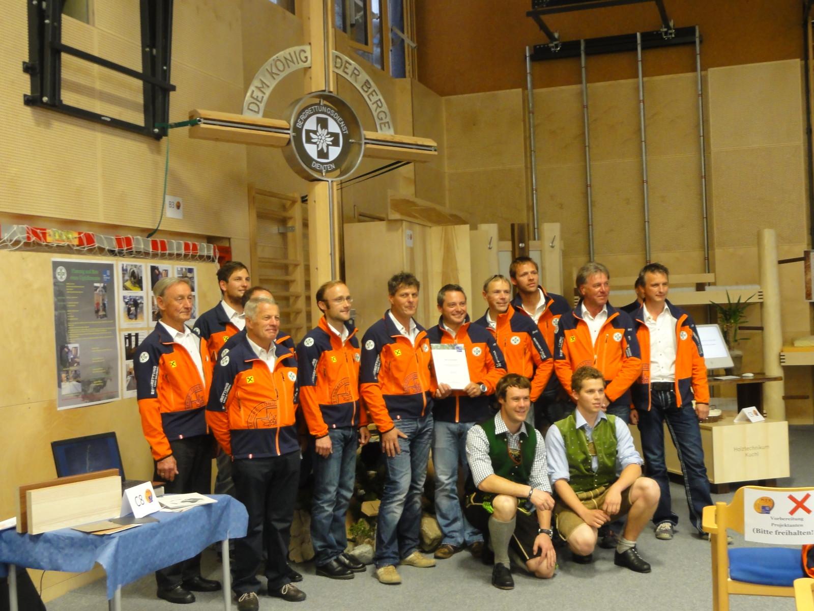 Die Schüler des Holztechnikums in Kuchl erhielten einen Preis für ihre Arbeit.