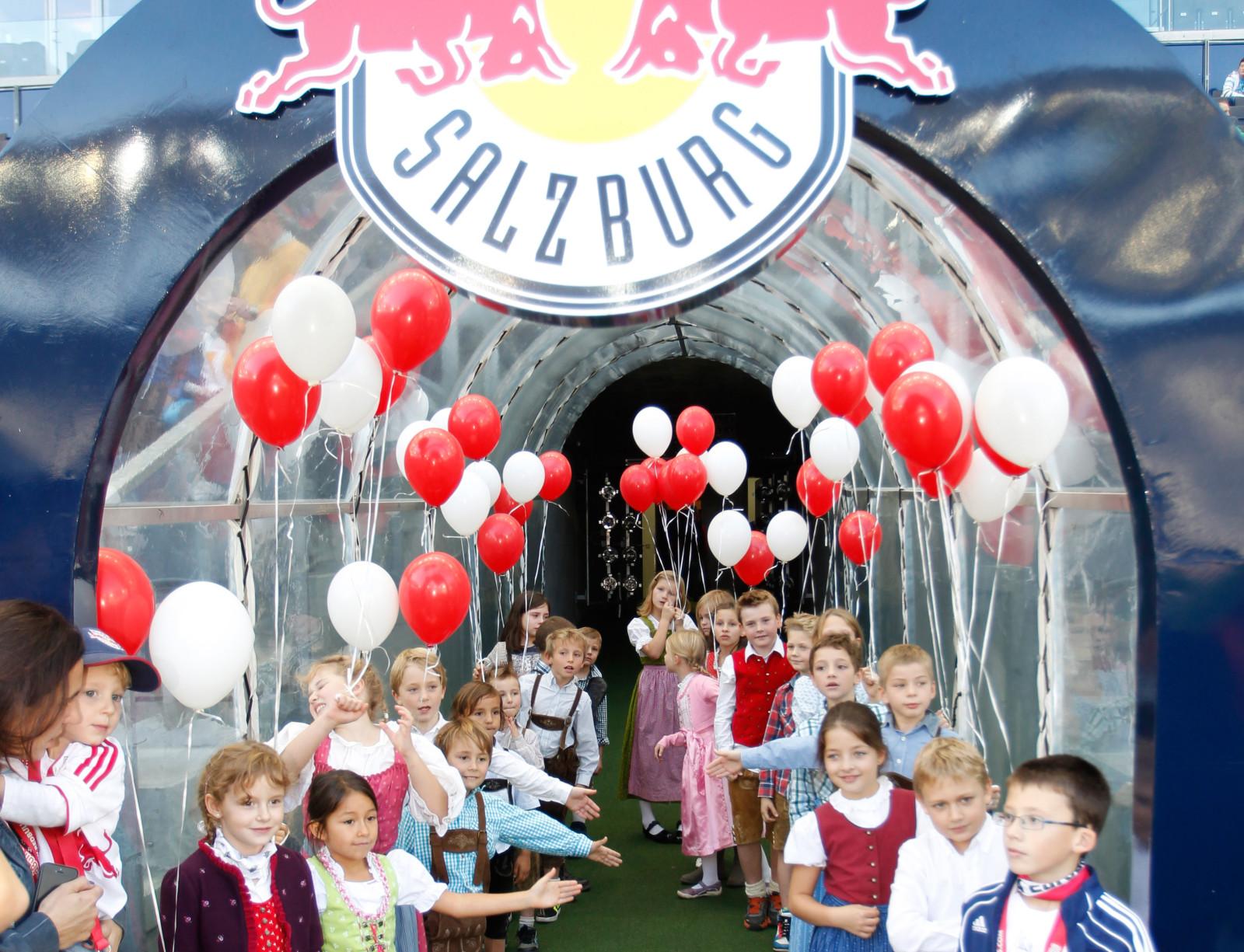 Auch für die Kinder ist das Bauernherbst-Fußballspiel ein Event, an das sie sich lange erinnern werden.