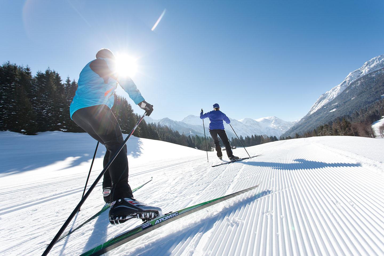 Langlaufen zählt zu den gesündesten Sportarten. 2.200 Kilometer umfasst das Salzburger Loipennetz