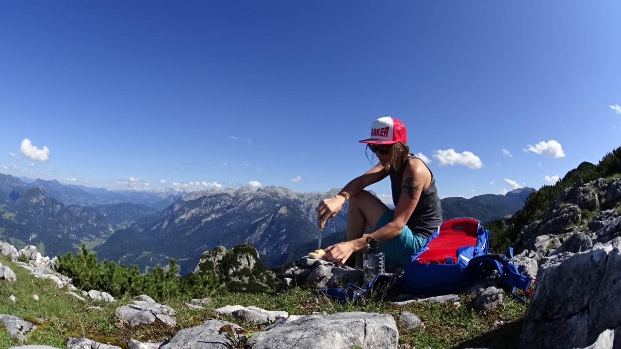 Sommerzeit heißt für Eva, viel in den Bergen unterwegs zu sein.