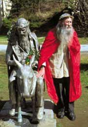 Der Pfarrer und seine Statue ©Tourismusverband Thomatal-Schönfeld