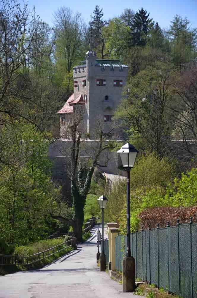 Renovierter Wehrturm
