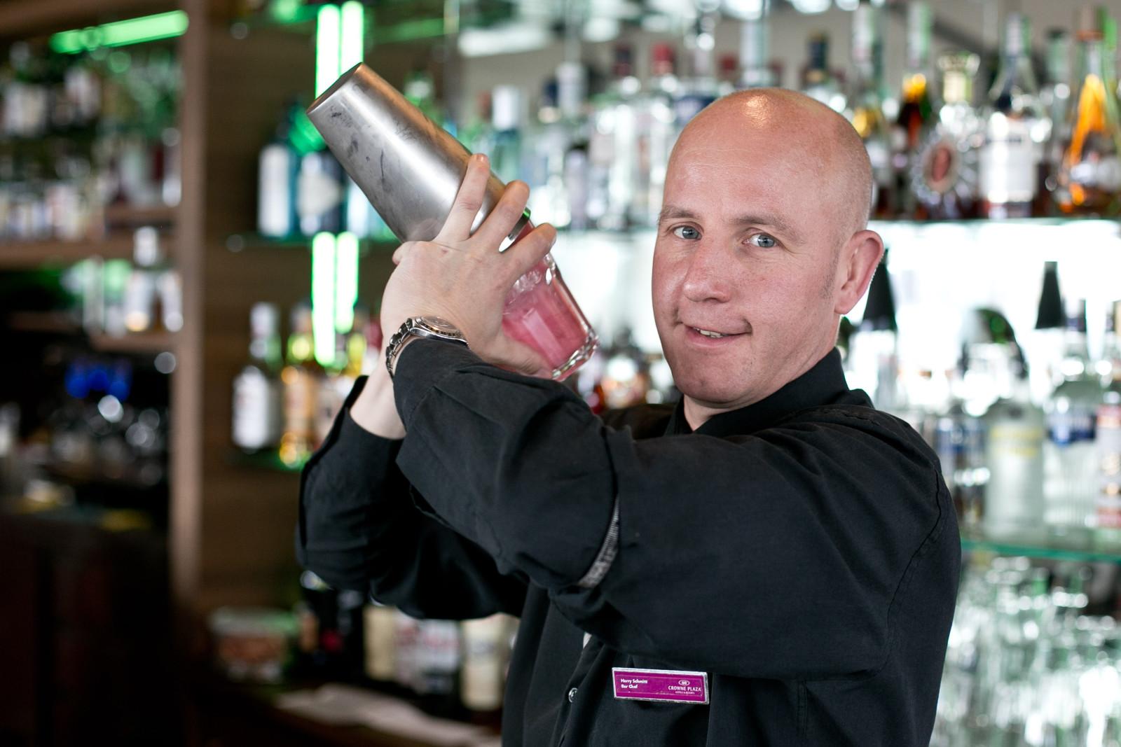 Harry Schmitt, Barchef