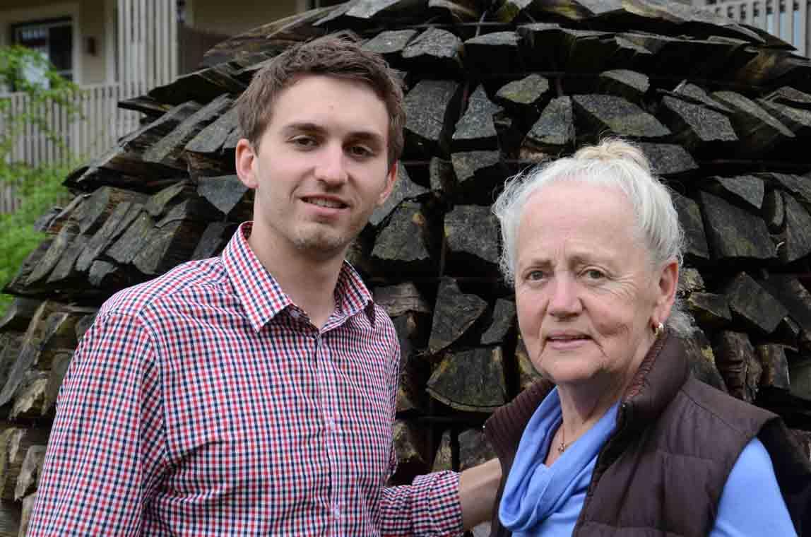 Enkel und Oma
