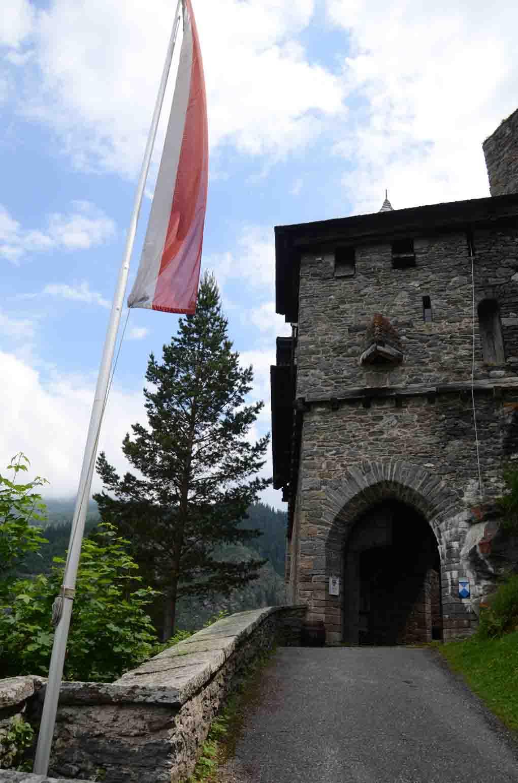 Eingang in die Burg