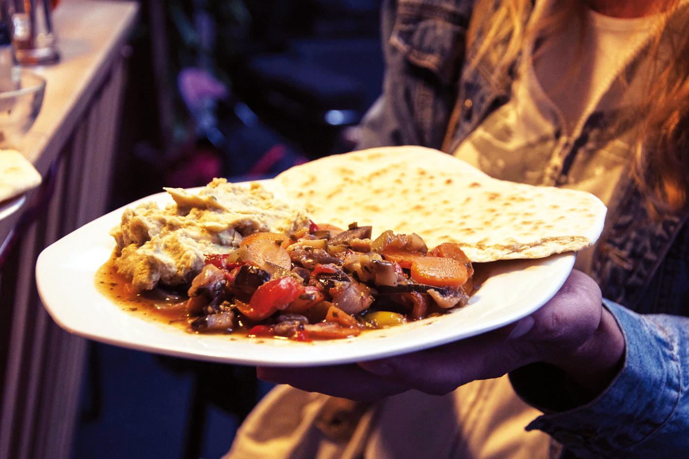Vegan und köstlich: Volxküche. ©Corinna Watschonig.