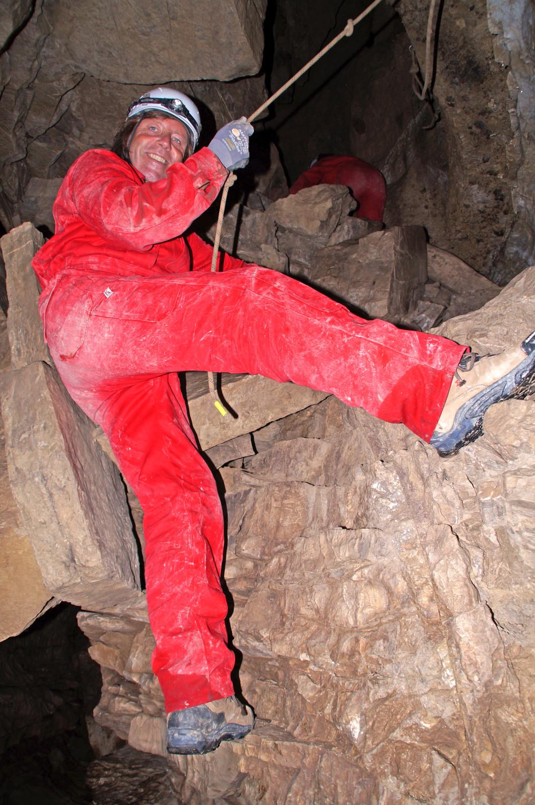 Rauf und runter und durch Spalten klettern wir.
