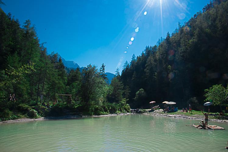 Natürliche Seen laden zum Abkühlen ein.