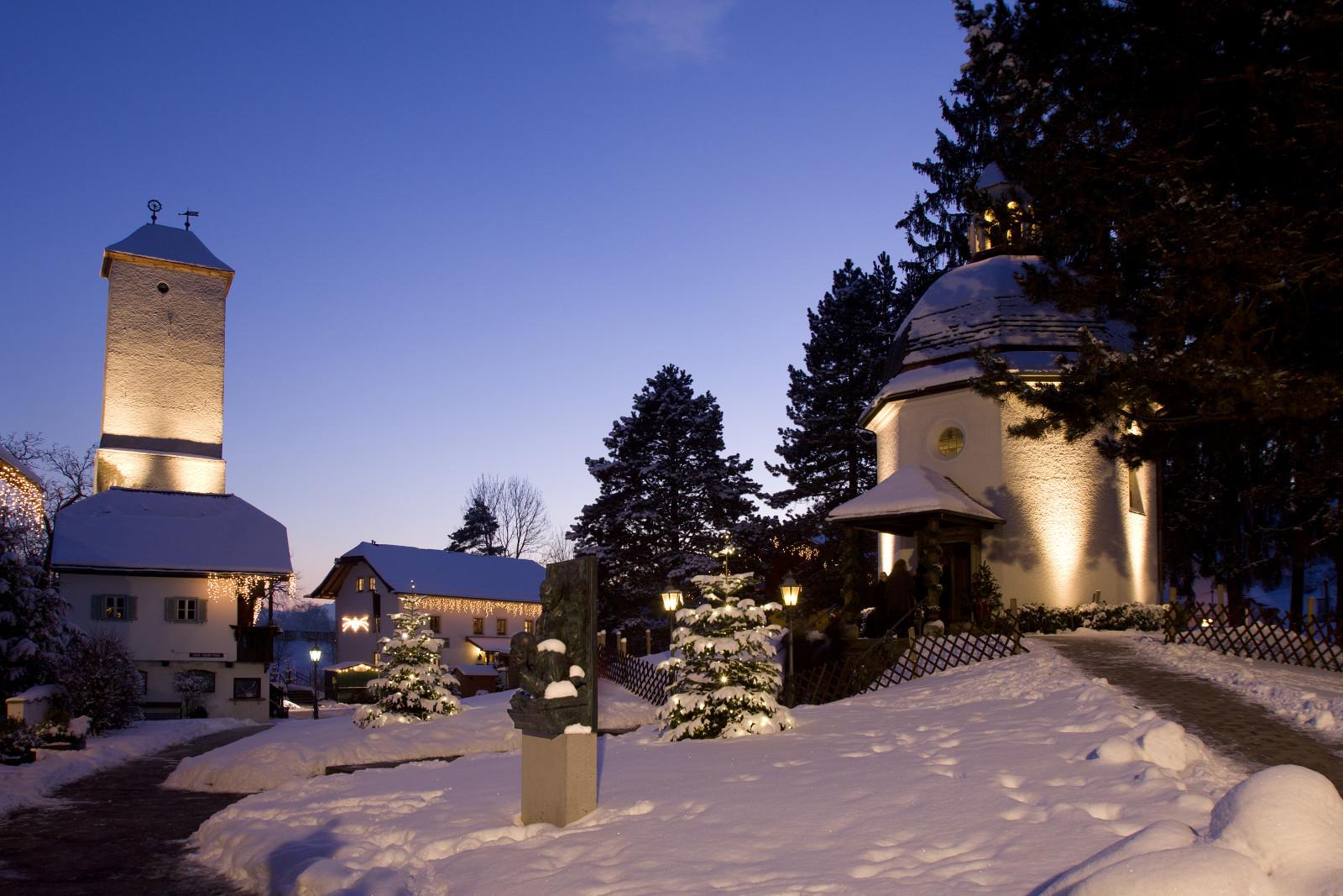 Die Kapelle mit Museum.