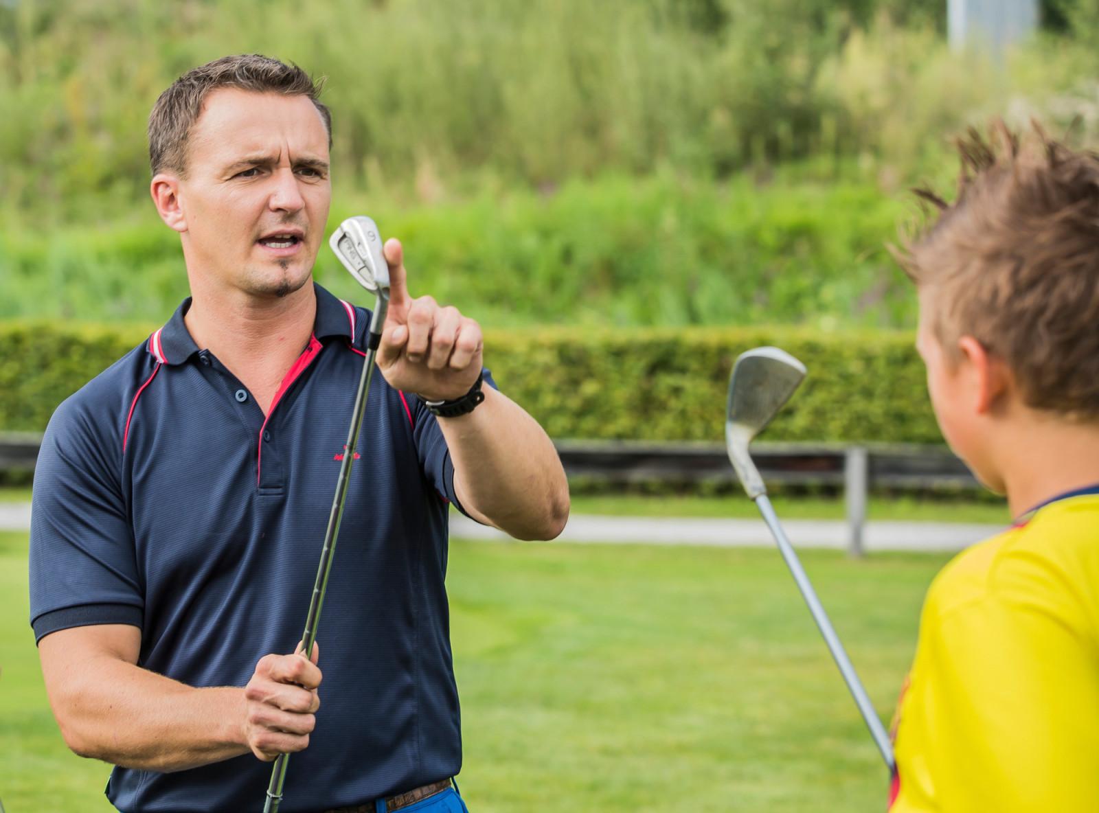 Top-Golflehrer geben ihr Wissen weiter