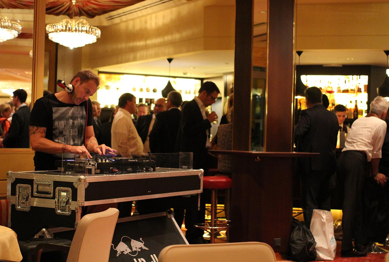 ... gibt´s auch immer wieder DJ-Sets.