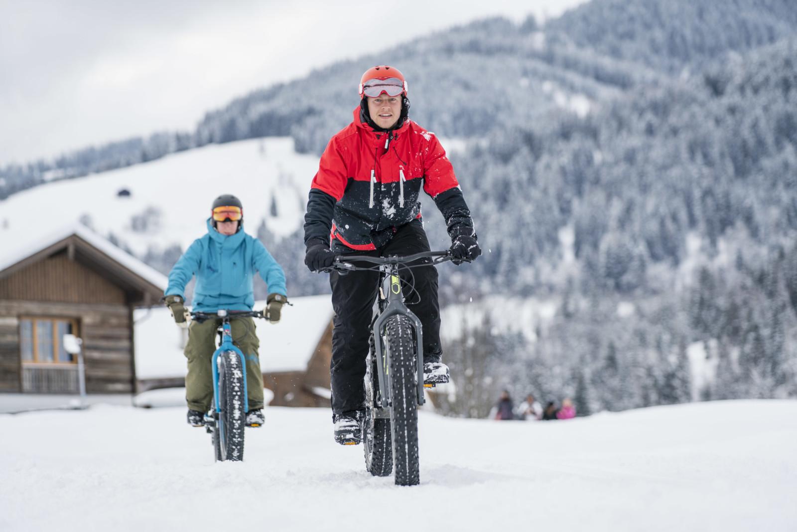 Je weicher der Schnee desto härter der Tritt (c)wildbild/Kirchmaier