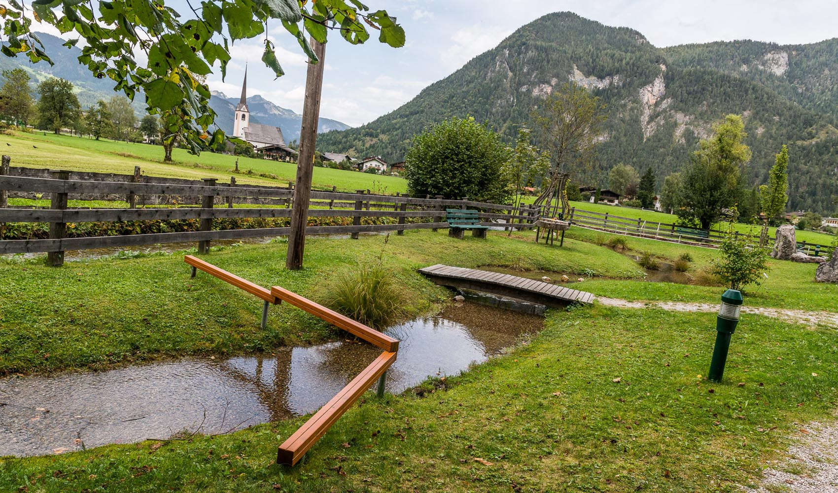 Im Pinzgauer Saalachtal gibt es beispielsweise drei Kneippanlagen (Lofer, Weißbach und St. Martin)