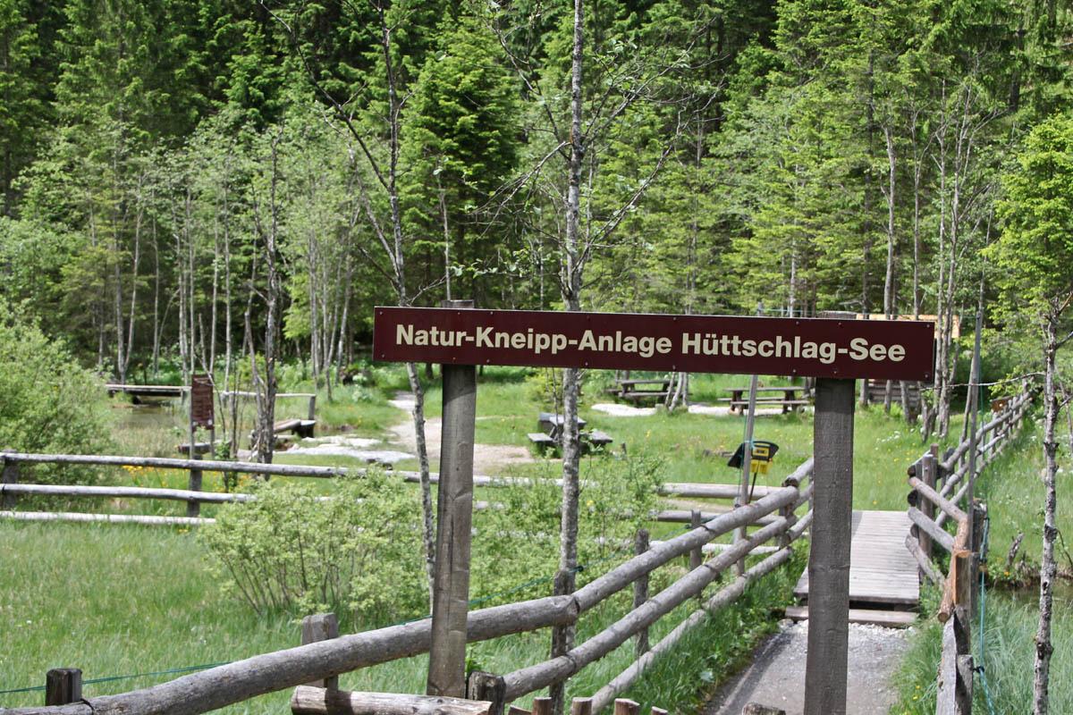 In Hüttschlag Pongau) gibt es eine weitere Natur-Kneippanlage