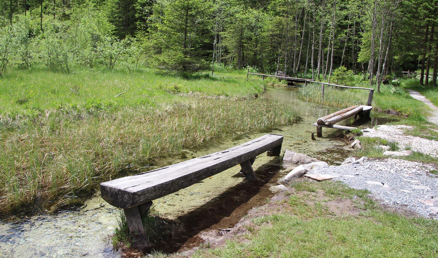 Sie befindet sich im Talschluss; in Mitten einer wunderschönen Aulandschaft mit kleinen Seen und Bächen.