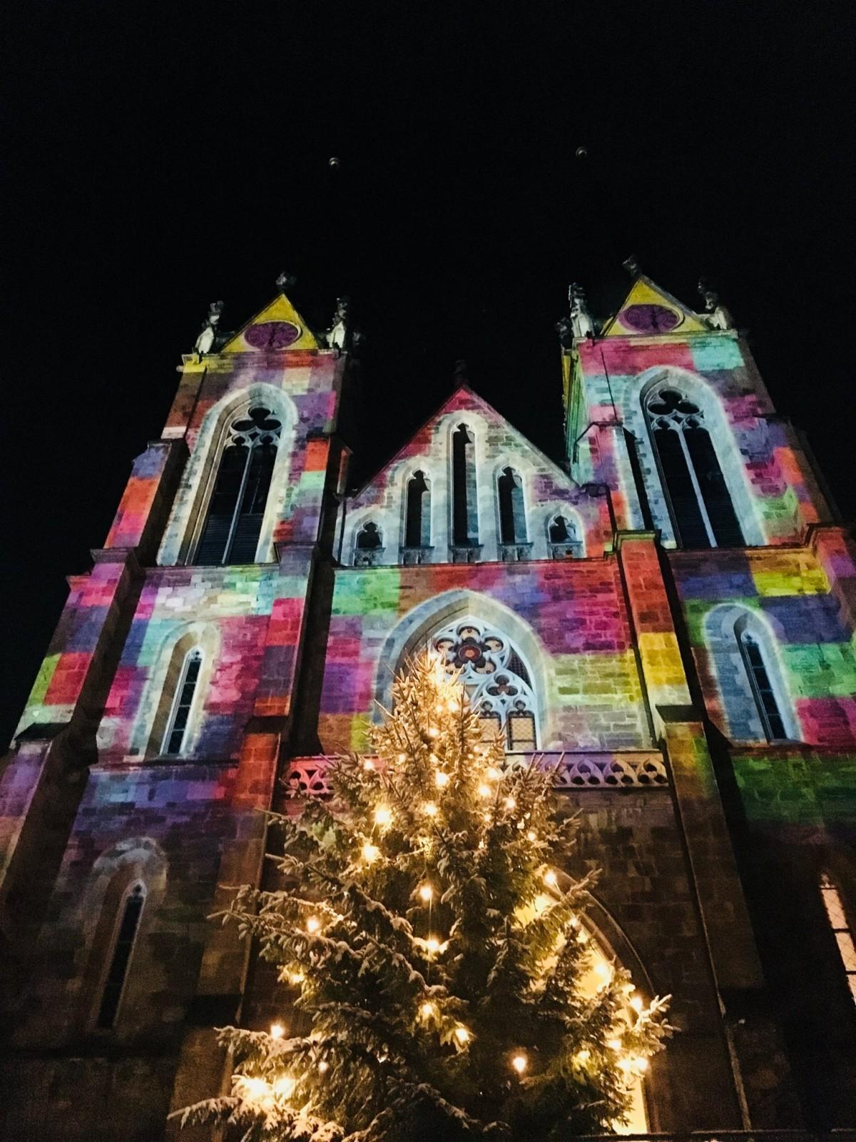 Faszinierende Lichtprojektion am Pongauer Dom