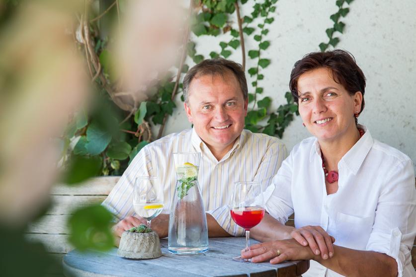 ... Wirte und Bauern Ulrike und Manfred Siller