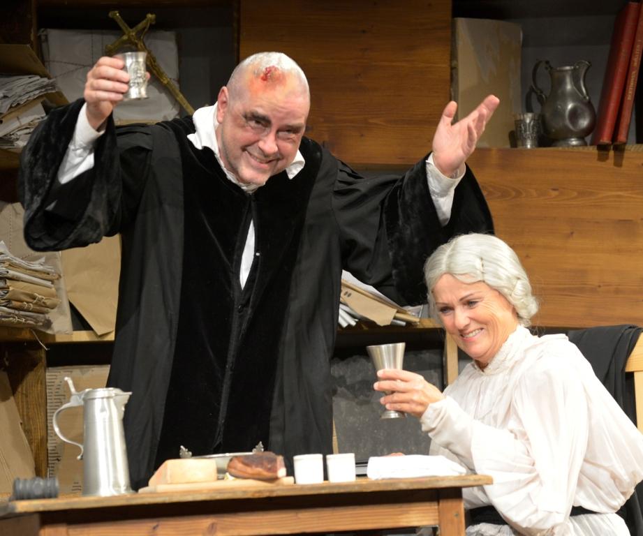 Theatergruppe Abtenau zeigt:Der zerbrochene Krug