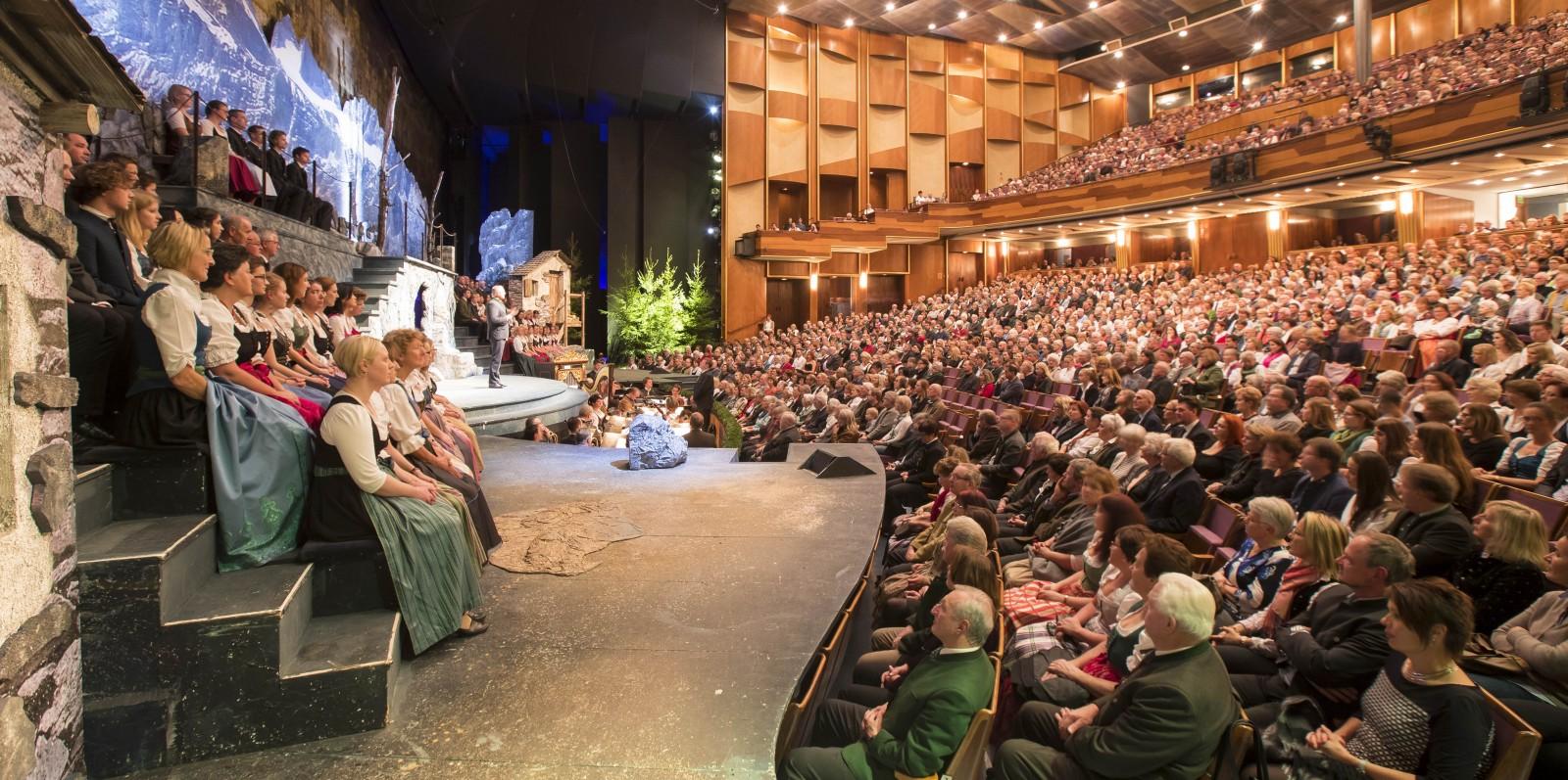 Die Bühne des Salzburger Adventsingens