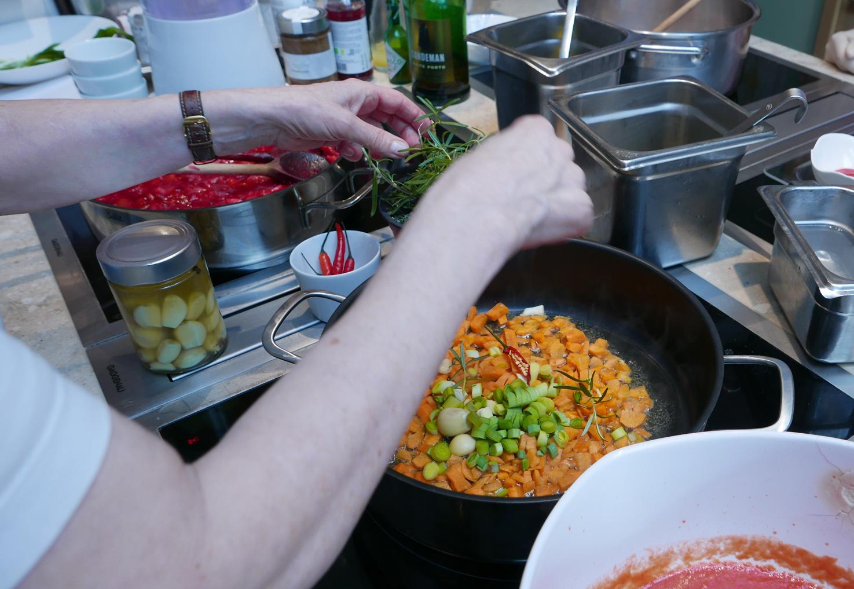 Gemüse für die Sauce
