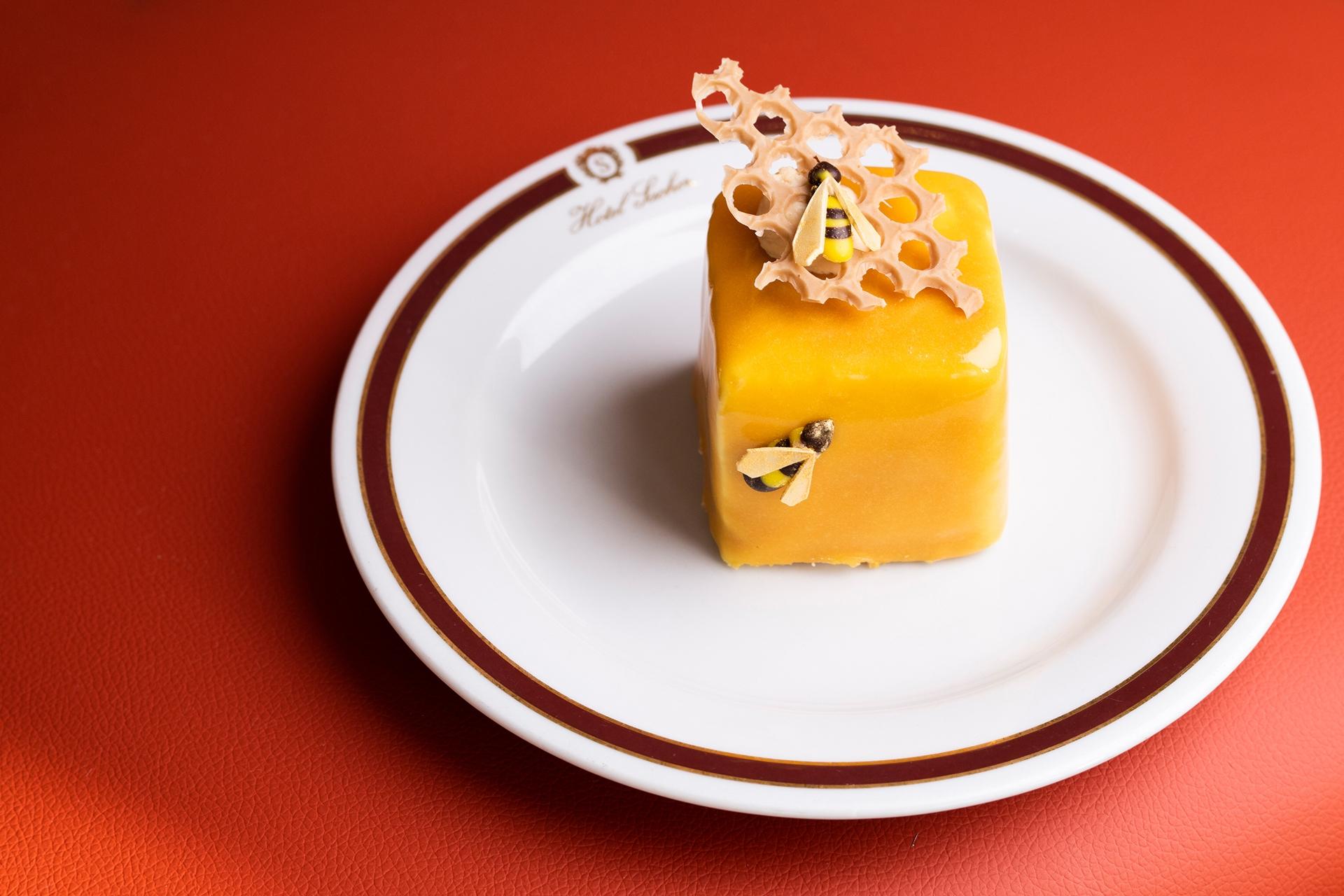 © Eat & Meet, Marco Riebler- Bienenkönigin Hotel Sacher