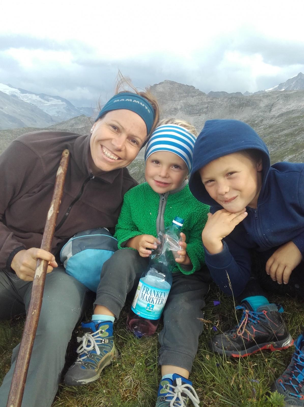 Christina ist mit den Kindern in den Ferien auf der Alm. c Privat