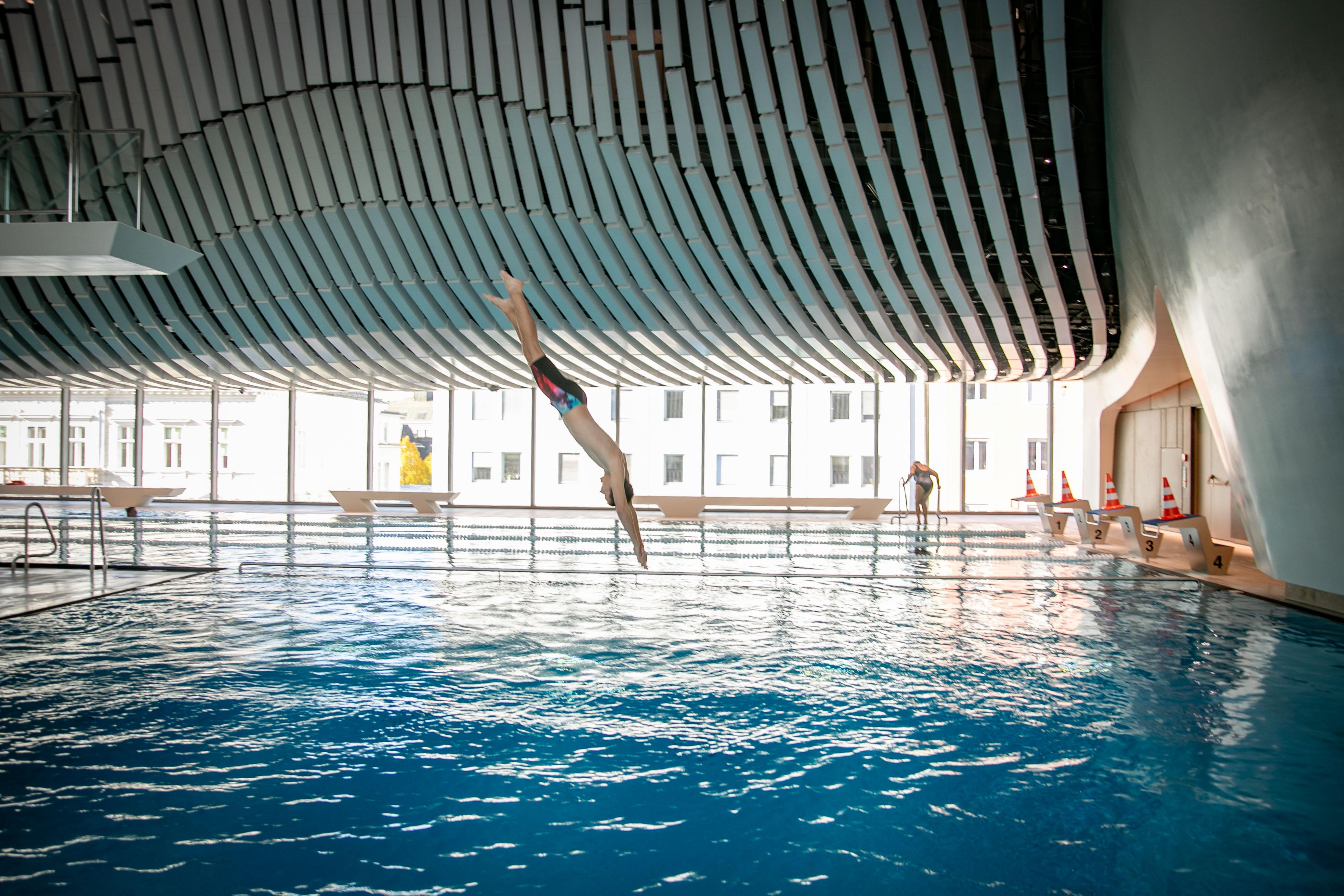 Röhrenrutsche im Paracelsus-Bad,  ©www.wildbild.at