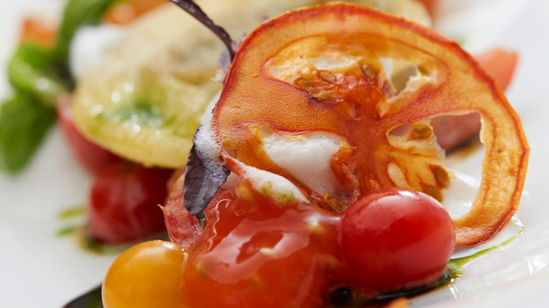feines Gemüsegericht mit Tomaten