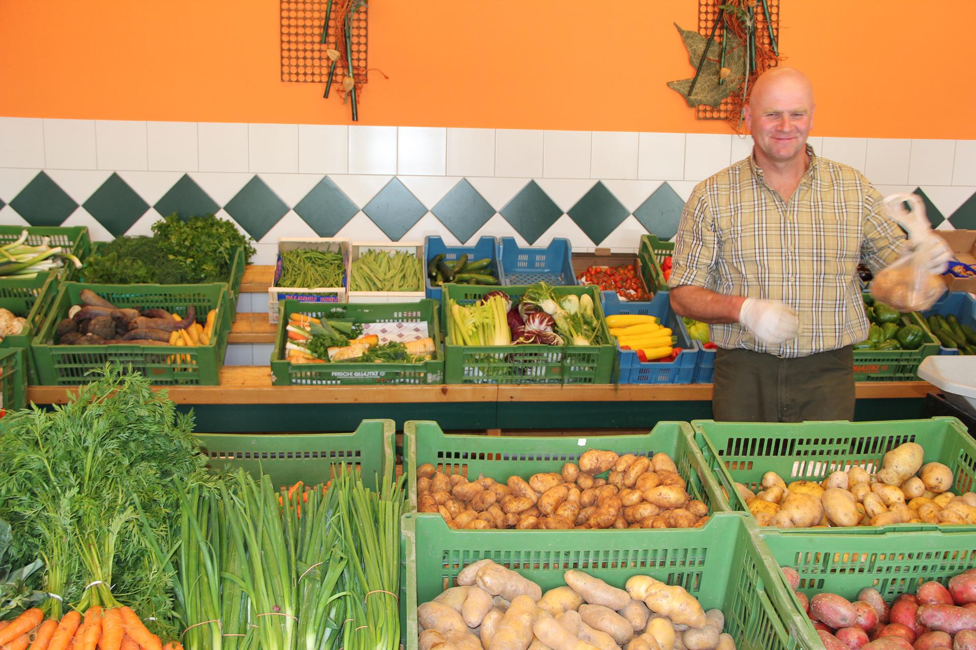Frisches Gemüse beim Bauernmarkt