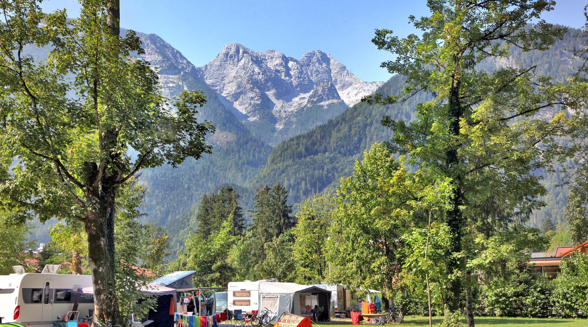 © Camping Grubhof Robert Stainer - XXL Stellplätze in St. Martin bei Lofer