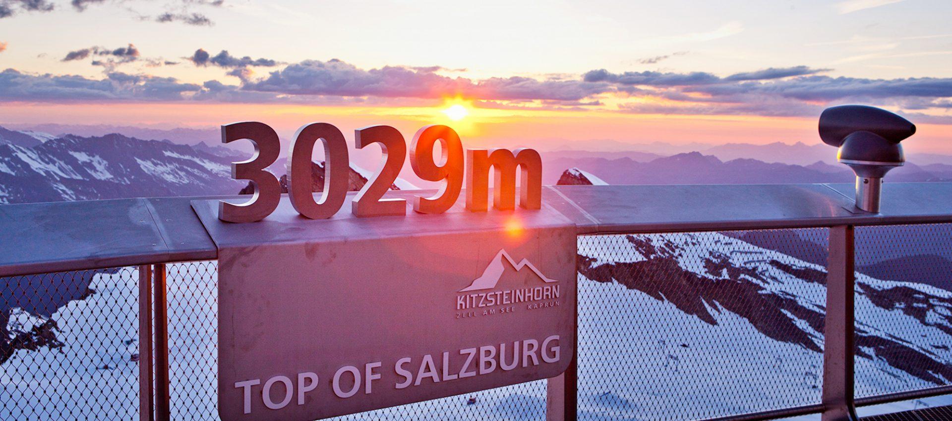 Ausblick vom Kitzsteinhorn mit Sonnenuntergang.