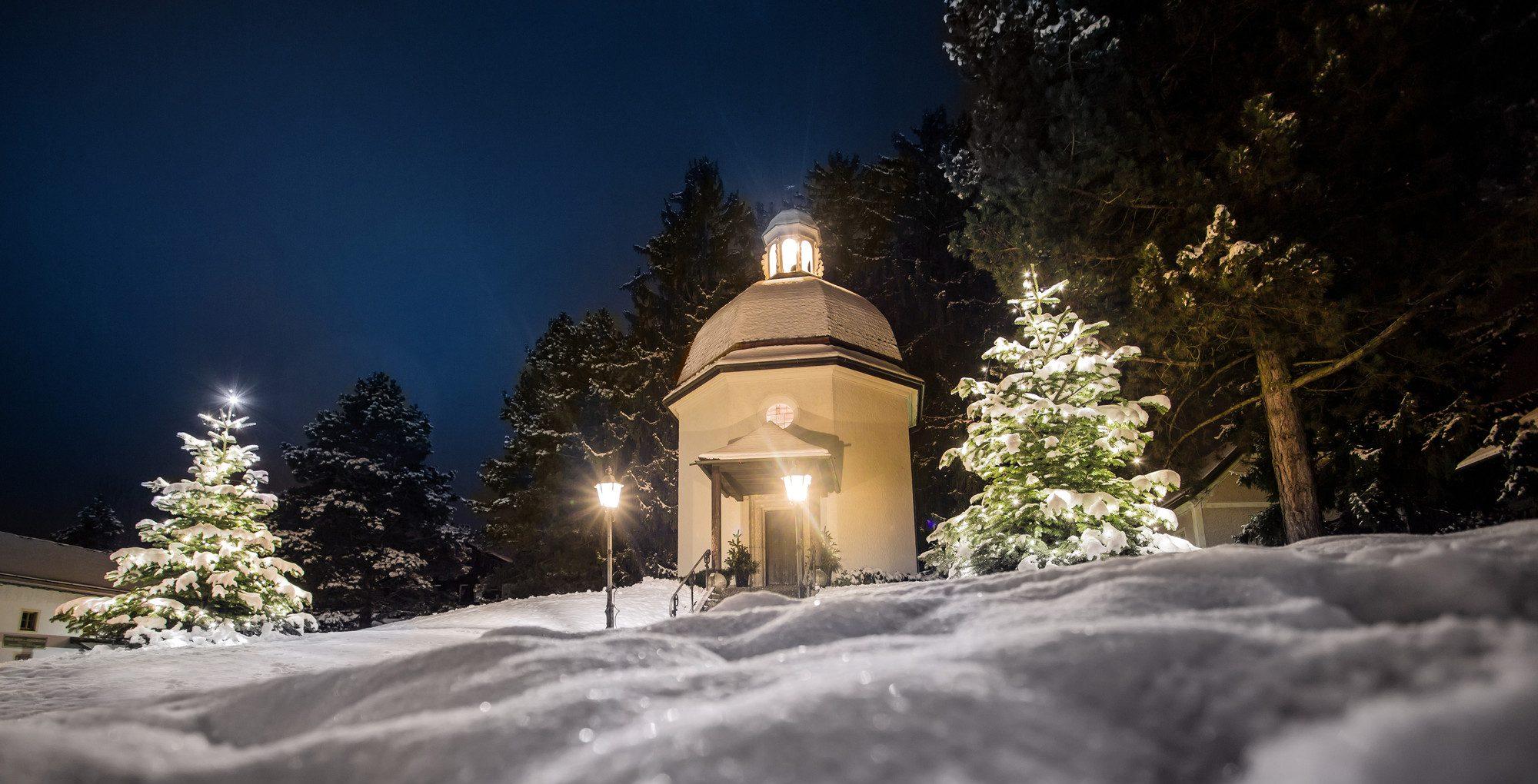 Verschneite Weihnachtsbilder.Oberndorf Salzburgerland Com