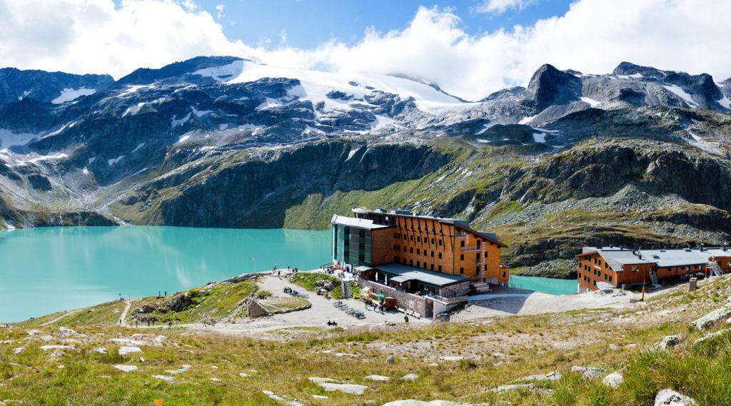 Sommerliches Panorama der Weißsee-Gletscherwelt.