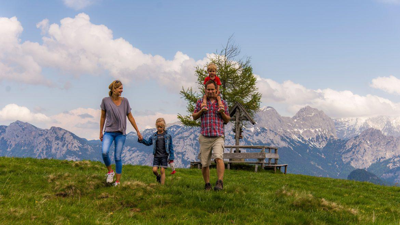 Familie Wandern Schwarzeck © Salzburger Saalachtal Tourismus
