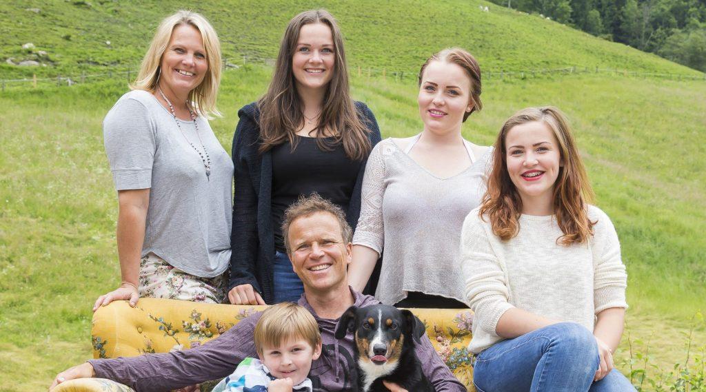 Familie Schattacher - die Gastgeber der BijoFarm