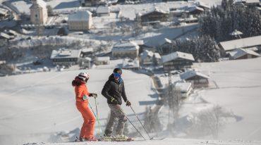 Alexandra Meissnitzer und Hermann Maier beim Skifahren in Flachau