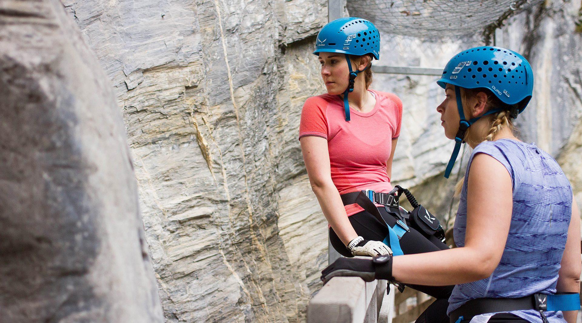 Wander Und Kletterausrüstung : Klettern in der kitzlochklamm mit angie julia u und pippa