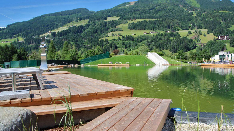 Thermalwasser Badeseen Blick Richtung Schlossalm