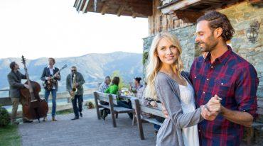 love couple at the alpine hut riedlalm in Leogang Saalfelden
