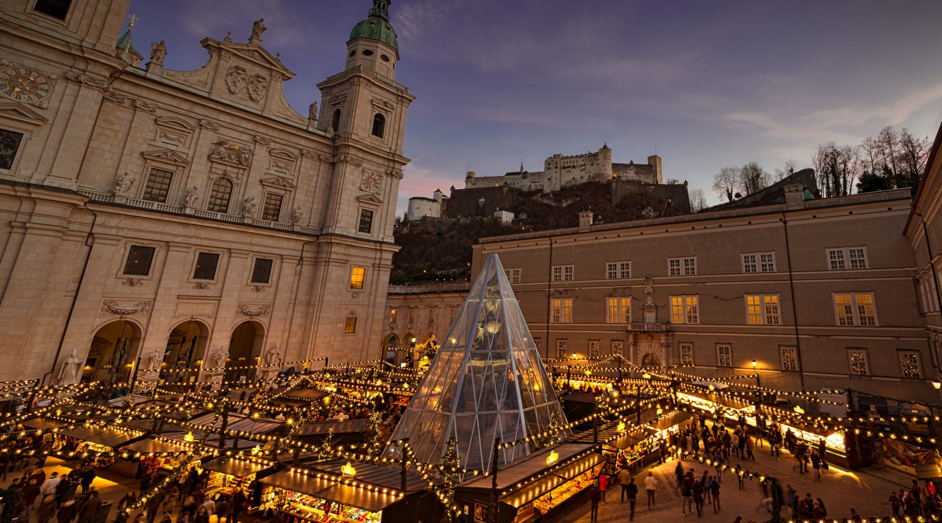 Christmas market in the city of Salzburg