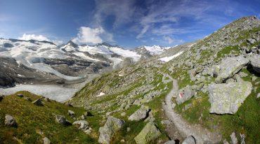 BerglandschaftLandschaft, Natur, Berge, Gebirge, Fels, Stein, Schnee, Gletscher, Eis, Wiese, Sonnenschein, Sommer, Frühling