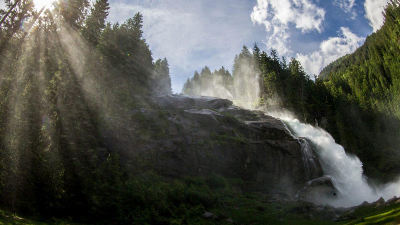 Krimmler Wasserfälle im Sonnenlicht